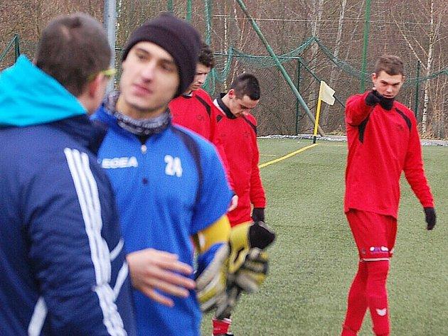 Fotbal: V přípravném utkání porazil divizní FK Tachov mužstvo Sl. Vejprnice 4:2 (1:1).