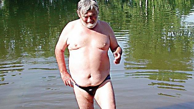 Jen tak se povalovat někde u vody na koupališti. I tak chtějí obyvatelé regionu trávit letošní dovolenou.