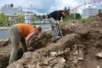Z archeologického průzkumu v husitské ulici v Tachově