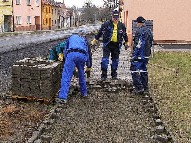 V Černošíně právě probíhá první etapa revitalizace náměstí