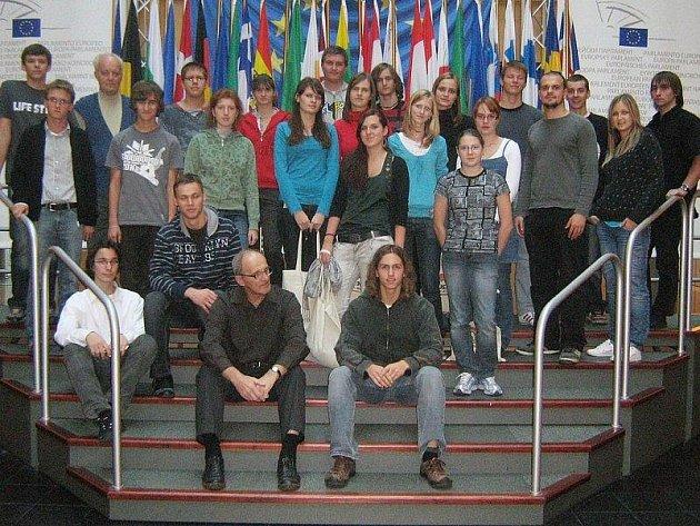 Tachovští studenti v Evropském parlamentu.