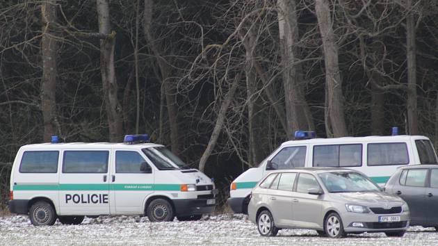 Policejní pátrací akce po pohřešované osobě se v úterý účastnilo na sedm desítek policistů.