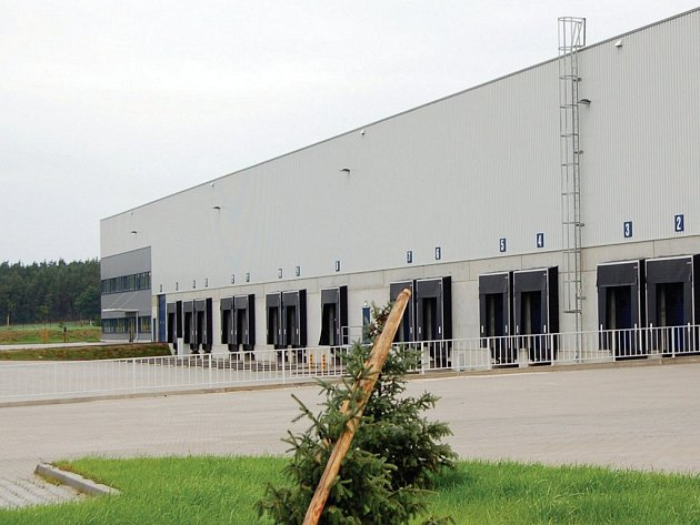 Nová průmyslová zóna už má prvního zahraničního podnikatele. Práci u něj může najít na devadesát lidí.