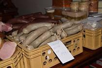 Listopadové a březnové vepřové hody v kladrubském klášteře.