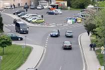 Křižovatka ulic Husitská, Zámecká a Václavská v Tachově.