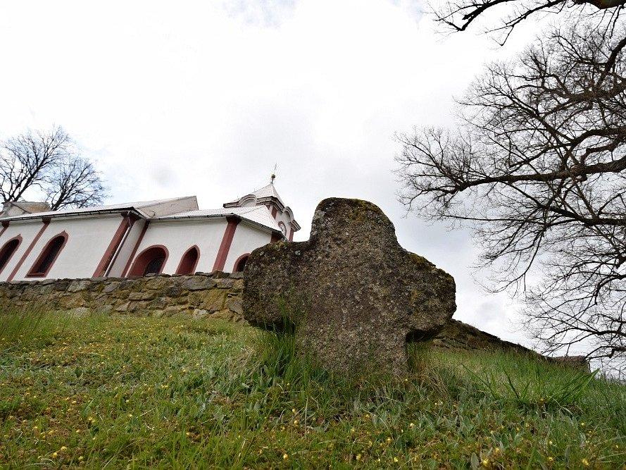 Kostel sv. Mikuláše v Prostiboři.
