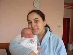 Lukáš, který přišel na svět  10. dubna  ve 22.27 hod. ve FN v Plzni, je prvorozený syn Sabiny Peštové a Jaroslava Kořána z Plané u Mariánských Lázní. Chlapeček vážil 3,44 kg a měřil  50 cm.