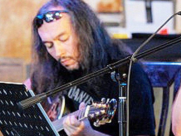 Petr Petruň.
