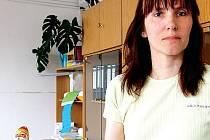Paní Martina Sihelská (na snímku) našla v čokoládové figurce centimetr