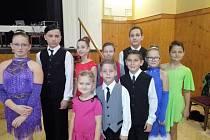Tanečníci z Tachova reprezentovali na taneční soutěži v Sušici. Odvezli si odsud třetí místo.