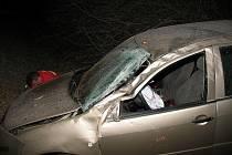 Jedenadvacetiletá řidička vyvázla jen s lehkými zraněními.