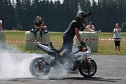 Z Auto moto párty na letišti Kříženec.