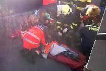 Naštěstí pouze s lehkým zraněním vyvázla podle policie devítiletá dívka z dopravní nehody, která se stala v pondělí kolem jedné hodiny odpolední v Tachově na Třídě míru.