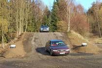 Autodromem u Křížence se projeli první řidiči