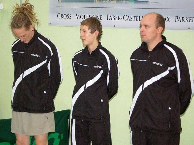 Stolní tenisté S. Bor si ve třetí lize připsali dvě cenná vítězství.