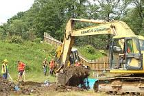 V Tachově byla zahájena stavba venkovního bazénu. Dodavatel slíbil, že bude hotovo do roka.