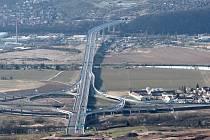 Ilustrační snímek. Pražský okruh, Radotínský most.