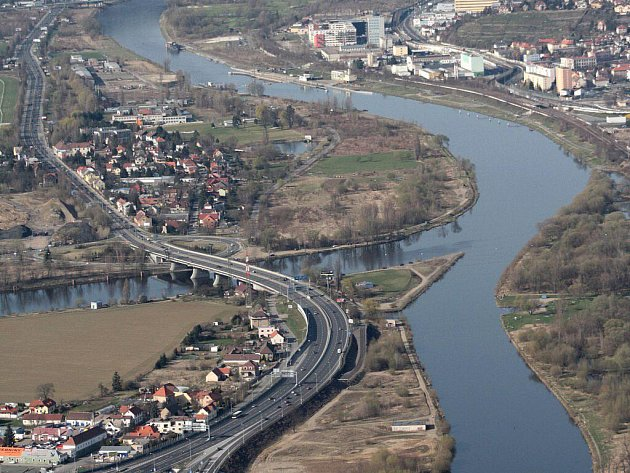 Ilustrační snímek. Soutok Vltavy a Berounky.