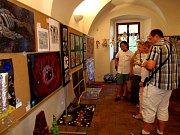 Výtvarná soutěž Stříbrská lampa zná své vítěze. Díla jsou vystavena ve stříbrském muzeu.