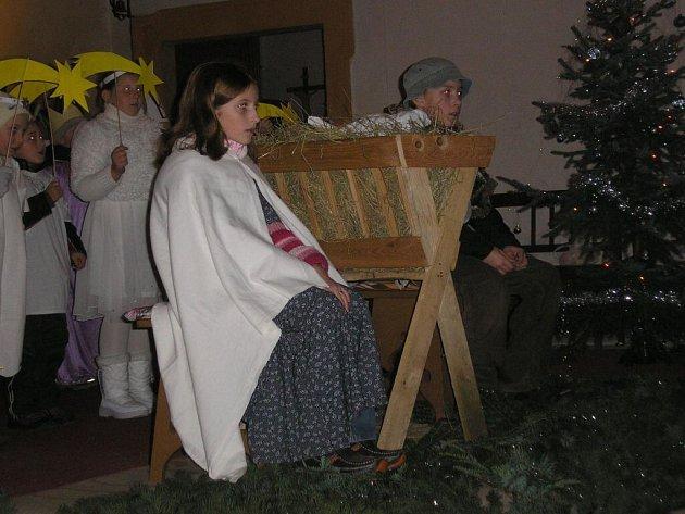 Zpívání v Halži.