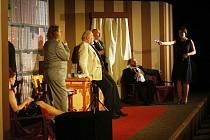Z divadelního představení Dům u dvou vražd.