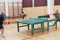 V sobotu se uskutečnil Vánoční turnaj České pojišťovny ve stolním tenisu. Odehrál se v Tachově.