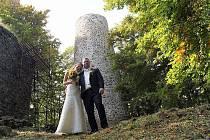 Volfovi se vzali na Volfštejně.