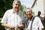 Soutěže v kosení trávy ve Vítkově se zúčastnili i rodáci z této obce, kteří nyní žijí na Slovensku