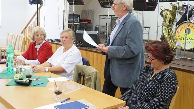 Svaz tělesně postižených místní organizace Černošín se v sobotu setkal se zástupci města