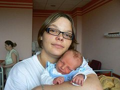 Vendule Londové a Jiřímu Kožnarovi z Erpužic se 29. 3. ve 22.50 hod. narodil ve FN v Plzni prvorozený syn Michal (3,60 kg, 47 cm).