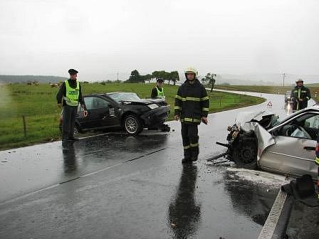 Dopravní nehoda u Chodové Plané, která si vyžádala jednu zraněnou osobu.