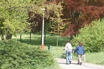 Největší tachovský park dozná brzo změn.