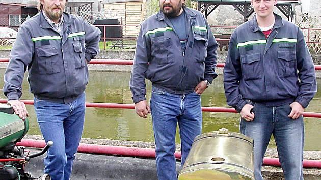 Bezdružičtí hasiči neodmyslitelně patří ke kulturnímu životu města. Pořádají také výstavy moderní i historické hasičské techniky.