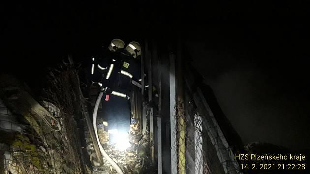 Požár vyhřívaného skleníku v Úšavě.