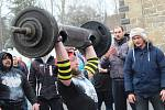 Ze závodů Strongman v Chodové Plané.