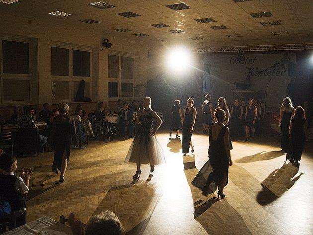 Sobotní večer v Kostelci patřil charitativnímu plesu. Ten se stejně jako minulý rok povedl.
