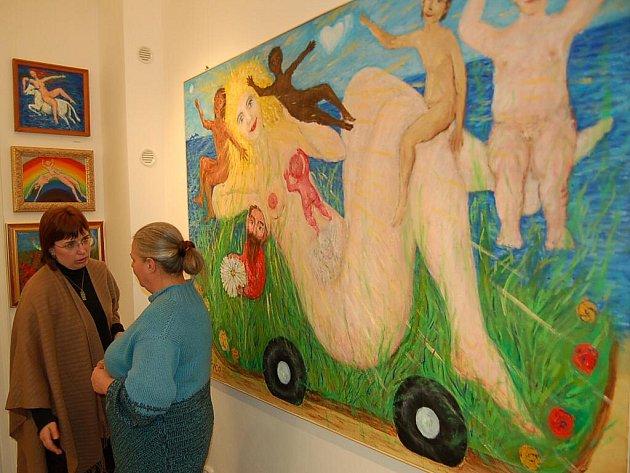 Vernisáží byla v pátek večer zahájena výstava obrazů Vladana Hořici, výtvarníka, který prožil mládí v Tachově a nyní žije už dvě desítky let v Itálii.