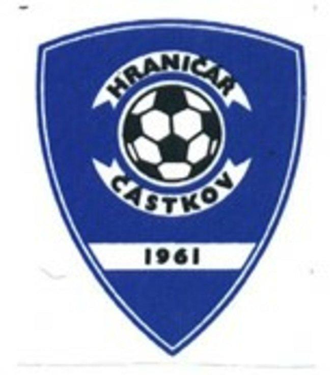 Rok založení je i ve znaku fotbalového klubu TJ Hraničíř Částkov.