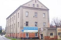 BUDOVA BÝVALÉHO zemědělského učiliště v Tachově prozatím zeje prázdnotou, do správy ji od Plzeňského kraje získalo tachovské muzeum.