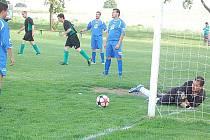 Fotbal: Damnov - Konstantinovy Lázně 5:2