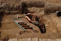 Archeologové objevili uprostřed Stříbra pravděpodobně nejstarší důlní dílo v Čechách.