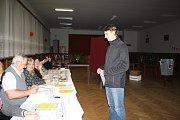 Prezidentské volby v Tisové nenechaly chladné ani mladé lidi.