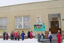 ŠKOLKA ZÍSKÁ DALŠÍ PATRO. Kostelecké děti se na podzim vrátí do úplně zrekonstruvané školky, kde bude dvakrát více dětí a zázemí pro školáky.