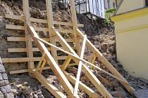 Hradby jsou zabezpečené, začnou opravy