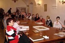 Na stříbrské radnici se konala beseda s kronikáři měst Chebu a Stříbra.