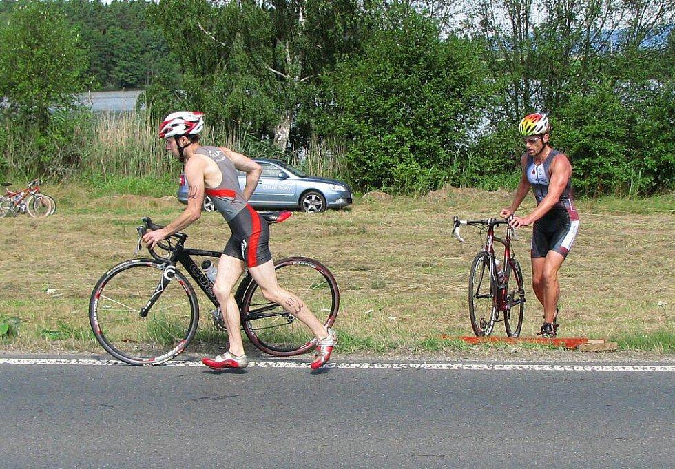 Velká cena Chodové Plané v triatlonu.