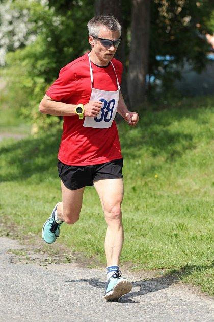 Běžci ze Stříbra se daří nejen vregionálních seriálech, ale vneděli ovládl kategorii 50 + ivPlzni.