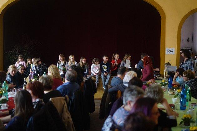 VLestkově a vLabuti oslavili Mezinárodní den žen.