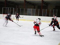 Tachovští hokejisté i přes dobrý výkon prohráli s Nejdkem.