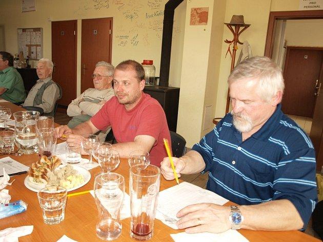 V KATu se konal další ročník soutěže o nejlepší víno Tachovská bobule.